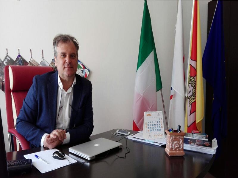 Stefano Parisi nuovo presidente Acli Sicilia