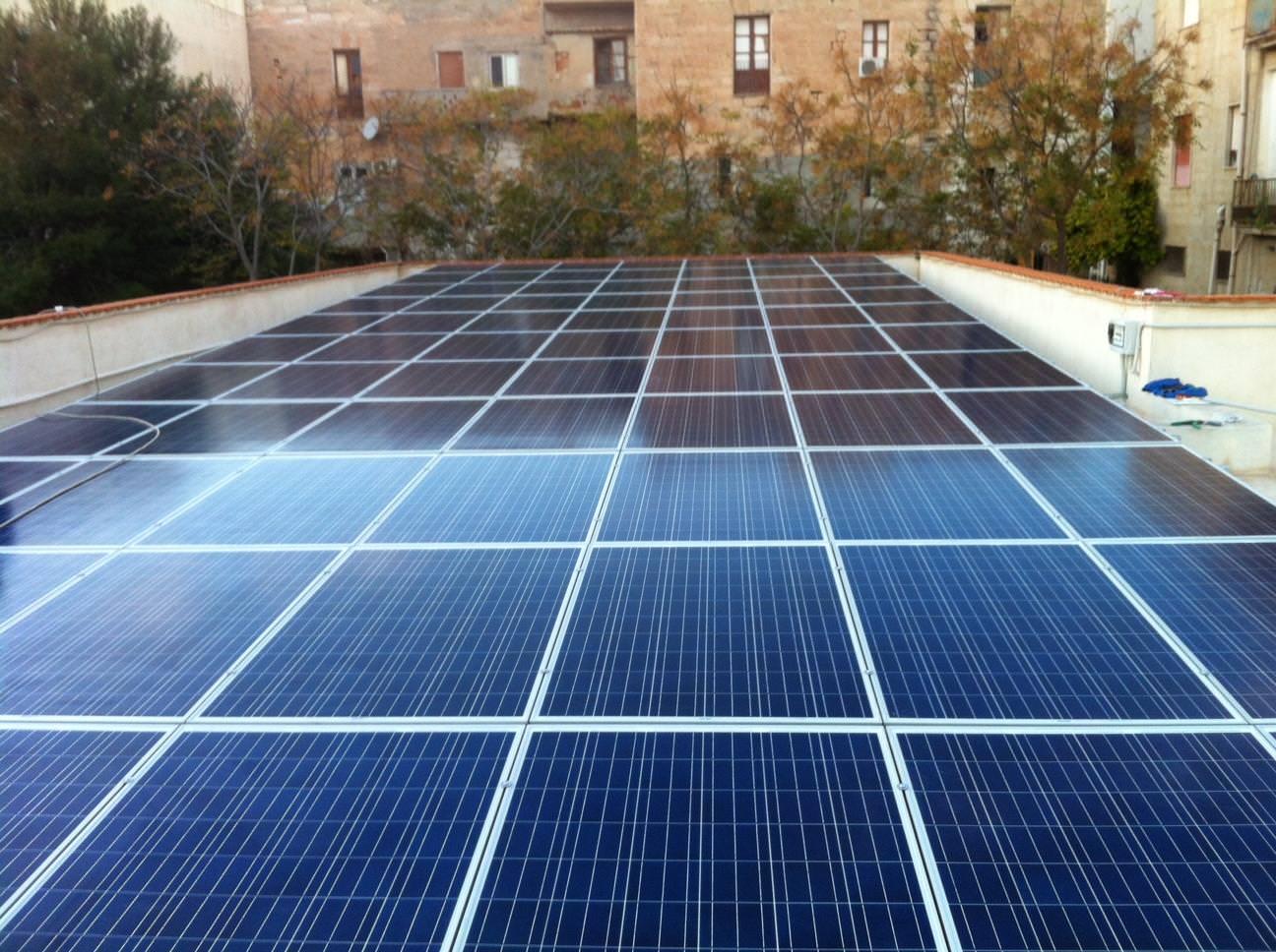 Meno impatto visivo e più risparmio: le isole minori pioniere del fotovoltaico