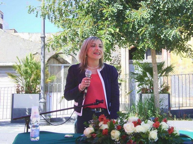 Tania Spitaleri presenta la sua candidatura a sindaco di Giarre