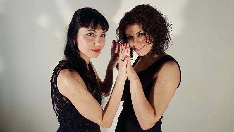 """Palermo, quattro mani un pianoforte e due amiche per """"Twenty fingers"""""""