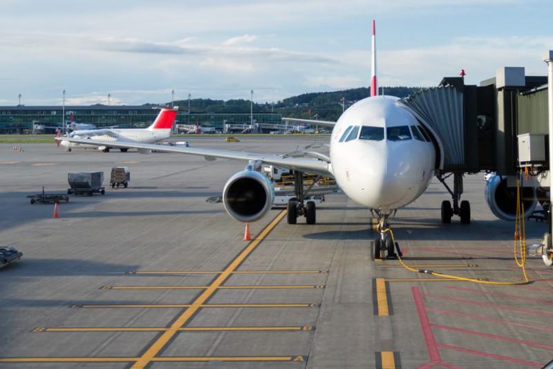 Paura sul volo Trapani-Pantelleria, l'aereo torna indietro per un guasto