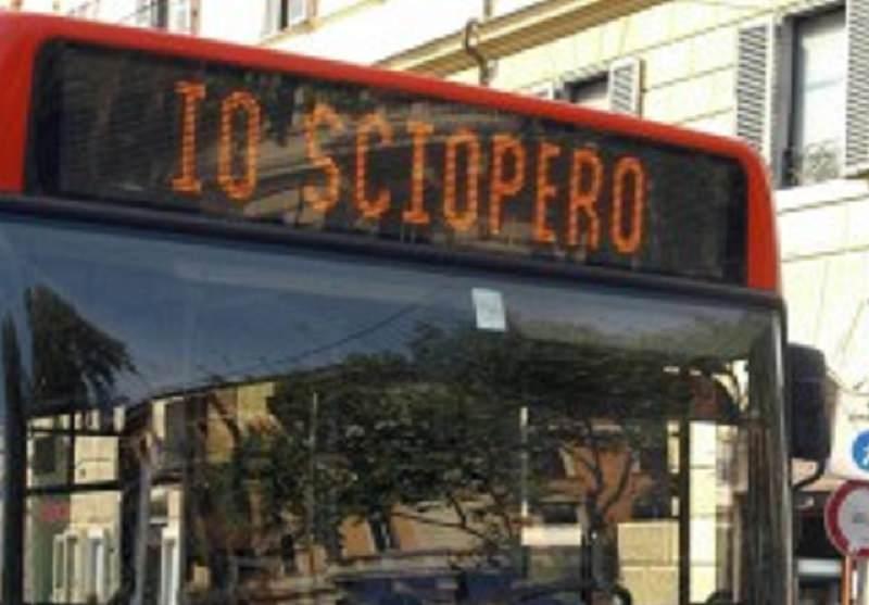Notte fonda in Amt: oggi i dipendenti incrociano le braccia per 4 ore e gli autobus non circolano