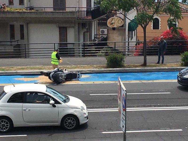 Pista ciclabile, altro incidente: grave trauma cranico per un motociclista