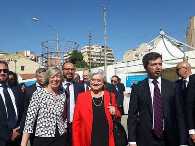 """Il ricordo di Falcone. Rosy Bindi: """"La mafia ha rapporti con la politica, corrompe e spara"""""""