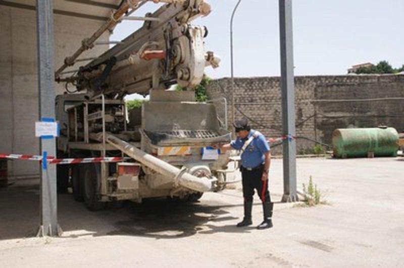 Sigilli su parte di un impianto di calcestruzzi a Corleone. Sequestrati i mezzi d'opera