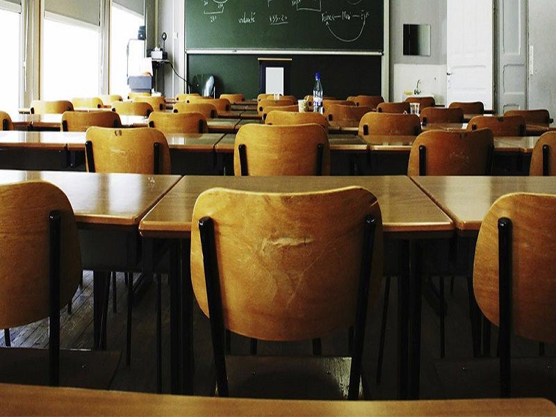 """""""La scuola al centro"""": il Governo contro la dispersione scolastica"""