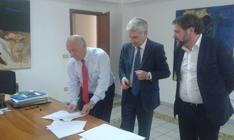 Sicilia Convention Bureau sigla intesa con S. Stefano di Camastra per attrarre eventi sul territorio