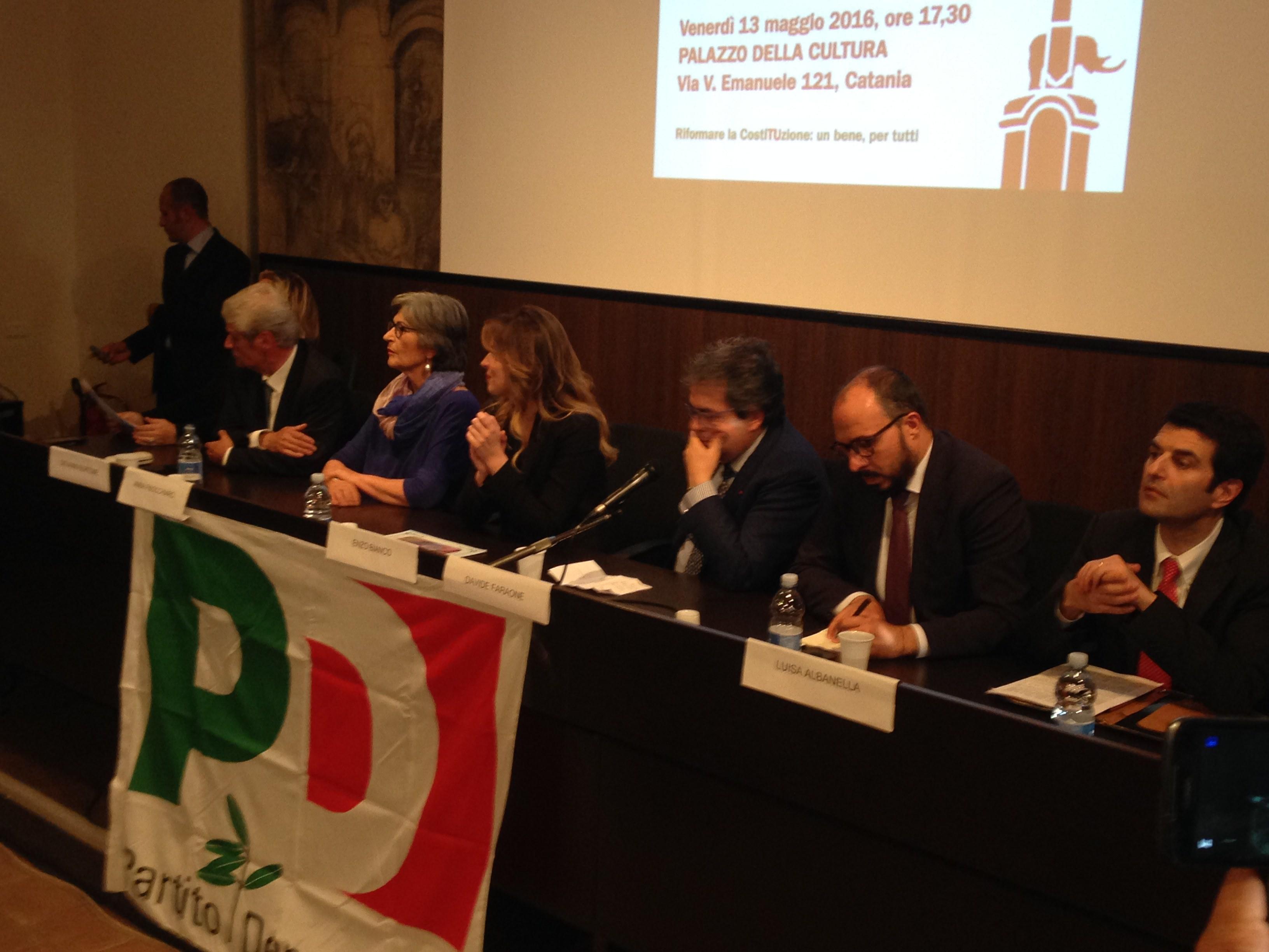 Parte la campagna referendaria del governo: il ministro Boschi a Catania