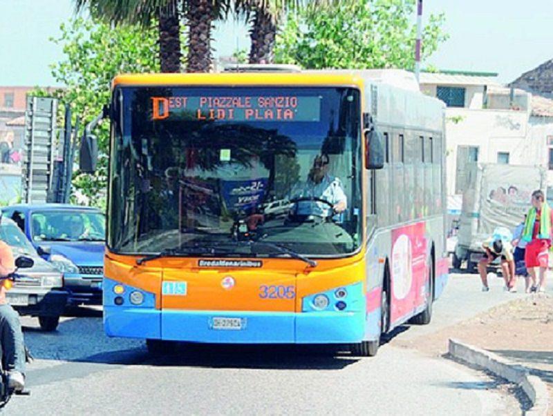 Potenziamento autobus linea D per la Playa di Catania: 4 bus aggiuntivi, novità per turisti e cittadini