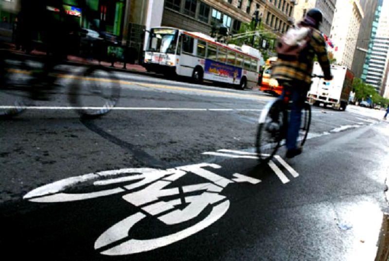 Mobilità sostenibile. Catania a rilento: cantieri aperti, critiche e polemiche
