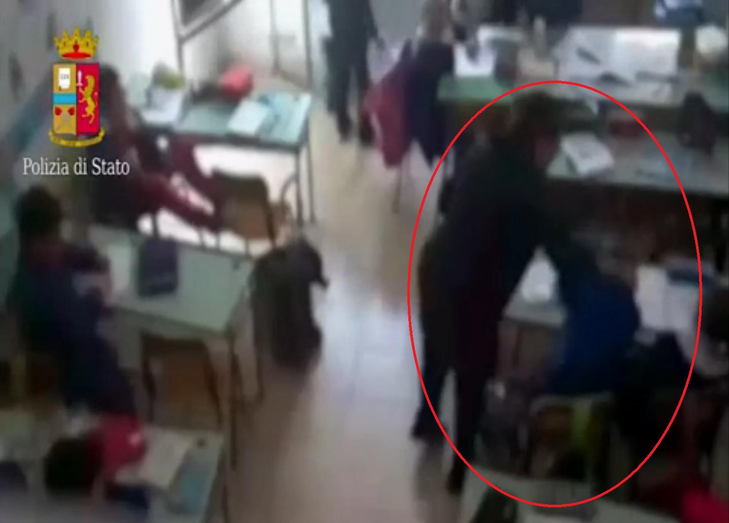 Orrore tra i banchi di scuola. Soprusi su bambini delle elementari
