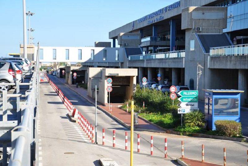 Maltempo, a Palermo aereo diretto a Lampedusa fa dietrofront in volo