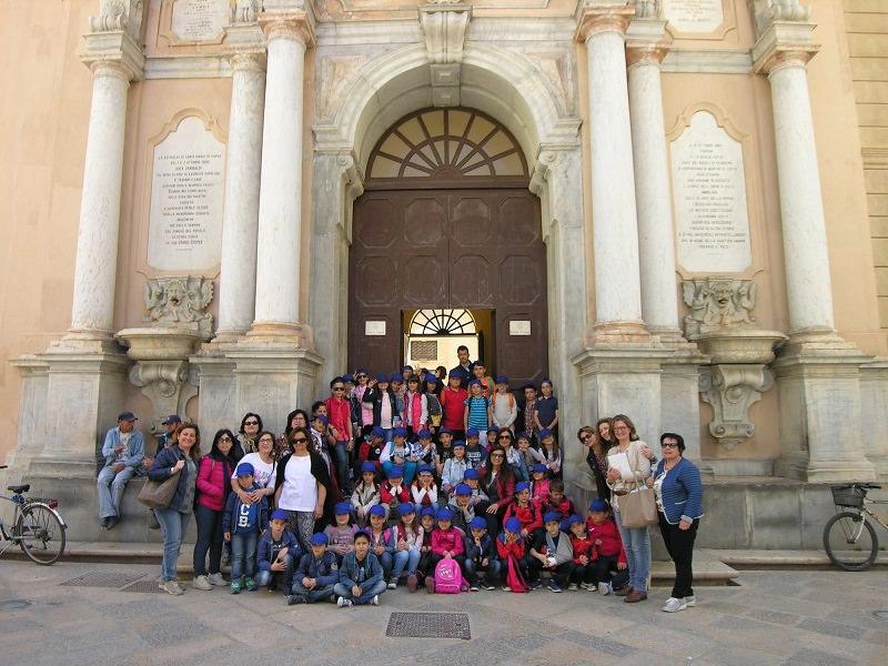 Trapani, piccoli alunni chiedono al sindaco di visitare la città: accontentati!