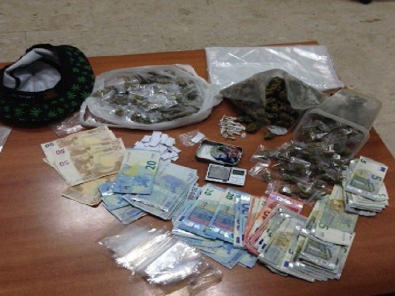 Auto carica di droga: arrestati due studenti universitari a Catania