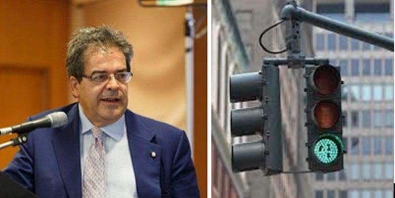 """La roulette russa dei semafori. La centrale per il controllo degli incroci di Catania inutilizzata. """"Gli impiegati sono maltrattati e incazzati""""."""