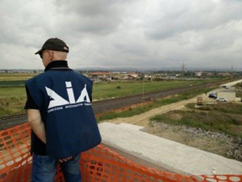 Irruzione alla Zona Industriale. Controllato il cantiere appaltato da Rete Ferroviaria Italiana