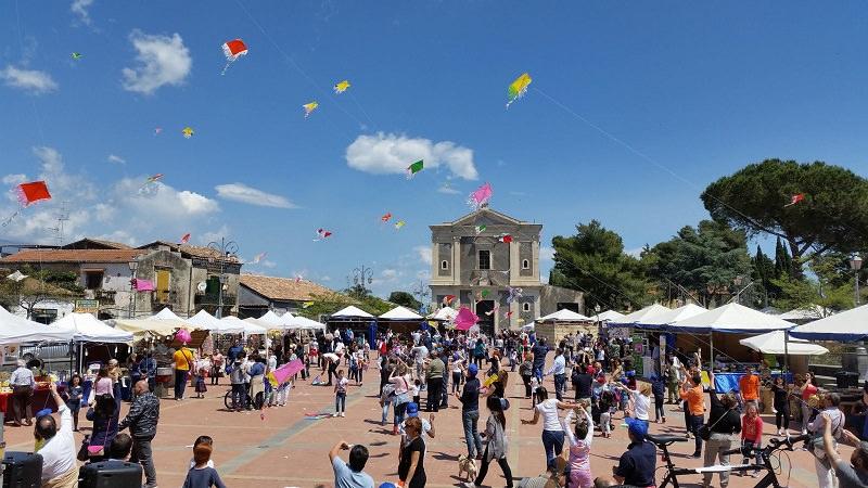 Festa dell'aquilone, successo dell'iniziativa della Pro Loco San Gregorio