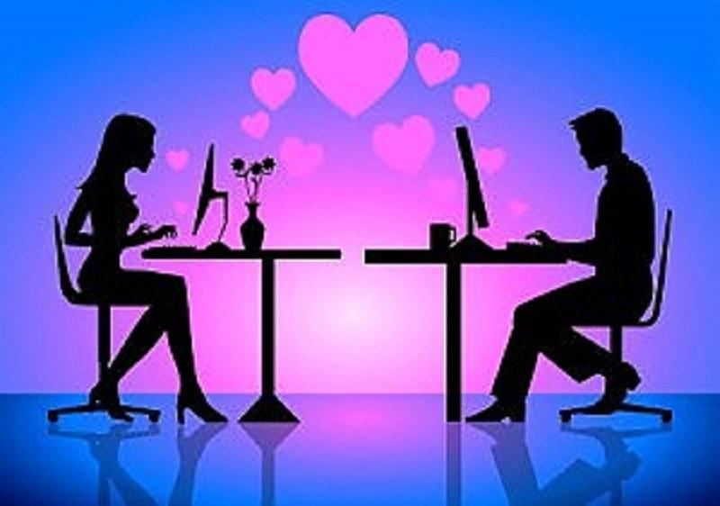 Conoscersi in chat: risorsa o fonte di delusione?
