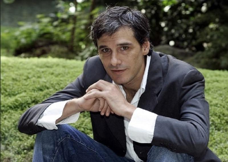Arrestato l'attore Stefano Dionisi: coltivava marijuana in casa