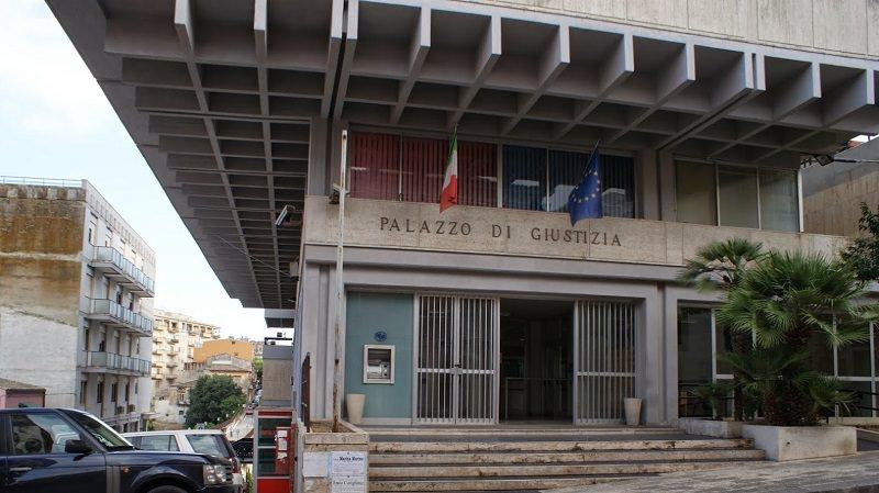 Ragusa: spintoni e insulti a magistrato che indaga su criminalità vittoriese