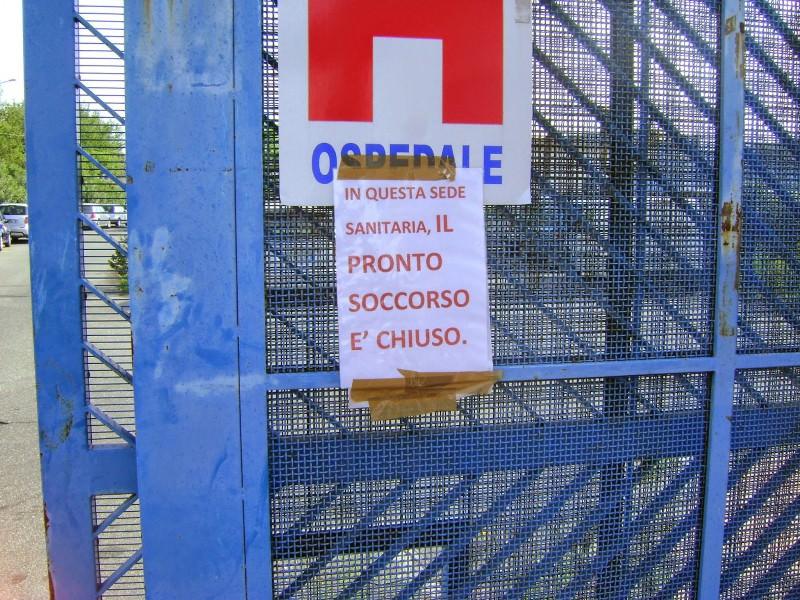 Giarre, è ufficiale: l'ospedale non chiude