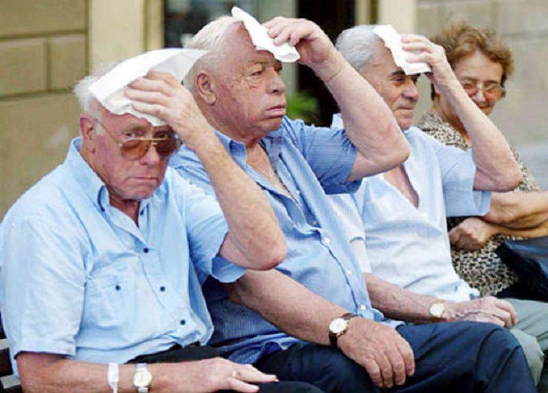 Con l'estate arriva anche il caldo, come si difendono gli anziani siciliani?