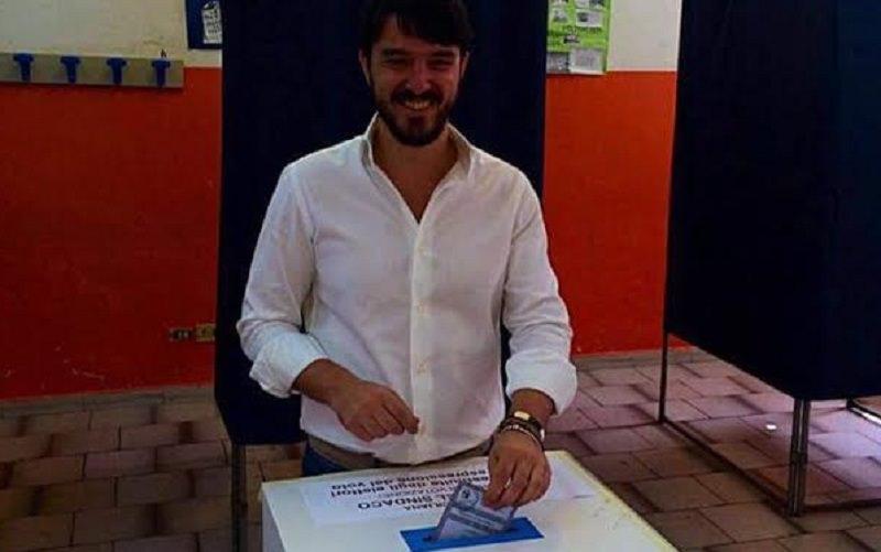 """Neo sindaco Saverio Bosco, 33 anni, farmacista: """"Ho la medicina giusta per Lentini"""""""
