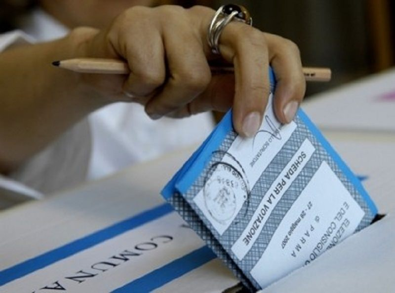 "Crescita di votanti nel Catanese, Acireale ""pecora nera"""