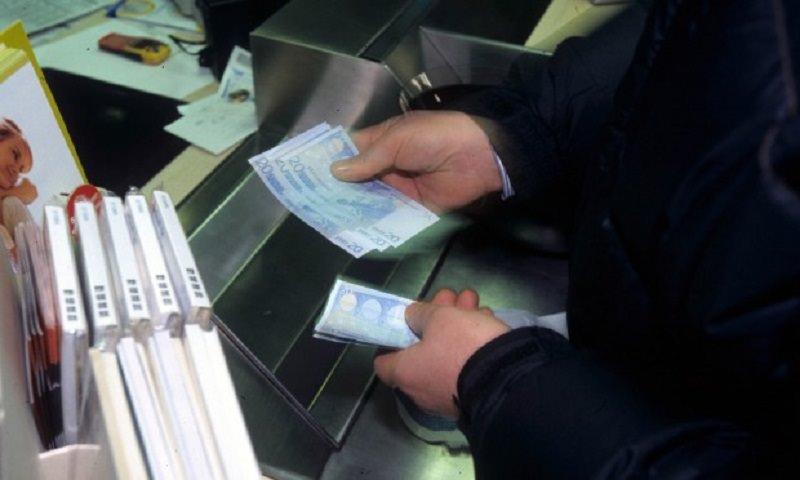 """Spariti 100 mila euro da conti postali. Il capo ufficio: """"Ho aiutato un amico in difficoltà"""""""