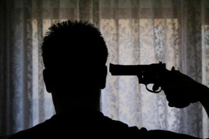 Uccise la figlia disabile con colpo di pistola e provò a suicidarsi: muore in ospedale