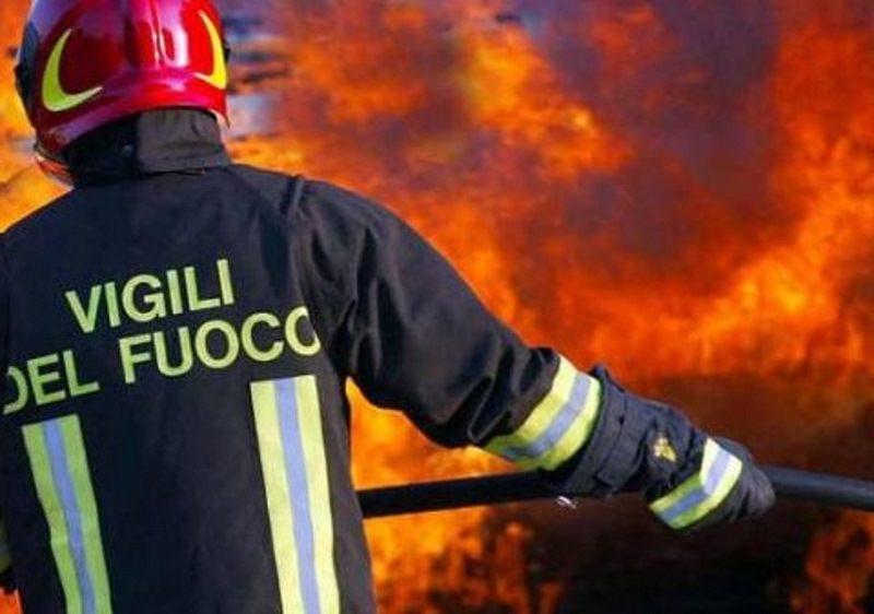 Incendio su mezzo pesante, chiusa e riaperta la bretella dell'autostrada A29 in direzione Trapani