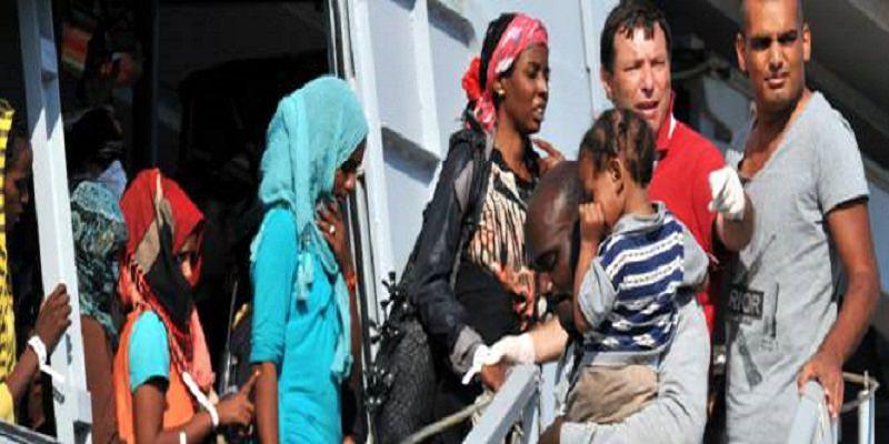 Finti matrimoni per portarli dall'Africa in Italia. Così piovevano soldi nelle loro tasche