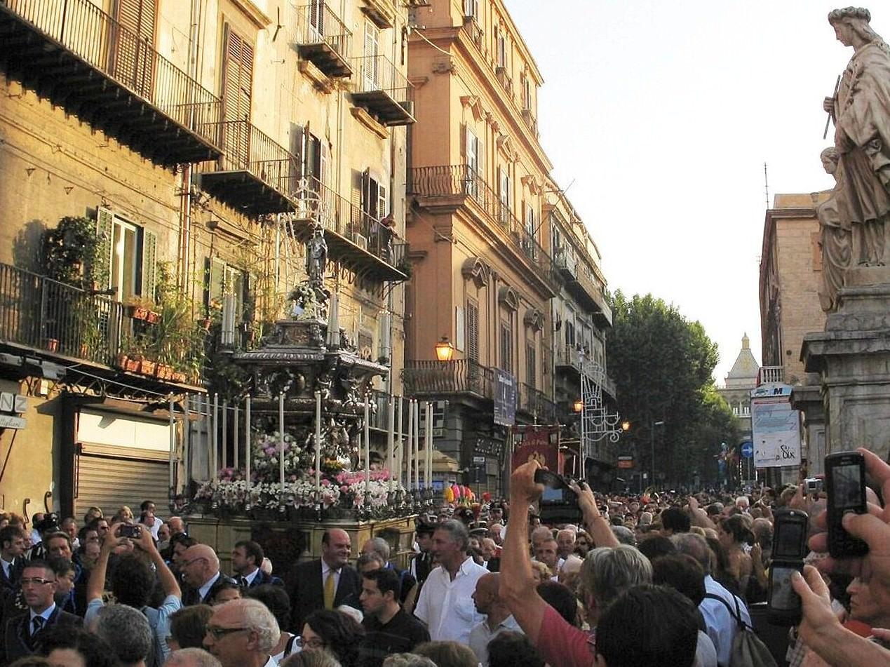 Divieti per il Festino di Santa Rosalia: ecco l'ordinanza firmata dal sindaco di Palermo