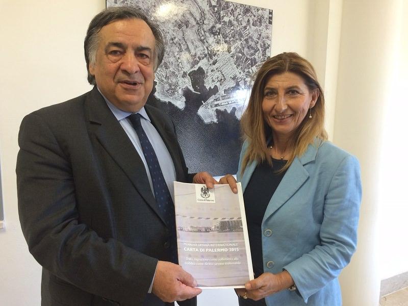 Sindaco Orlando consegna Carta di Palermo a Giusi Nicolini