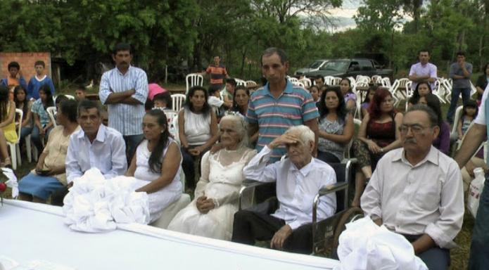 Sposi dopo 80 anni di fidanzamento: lei 103 anni e lui 99 anni