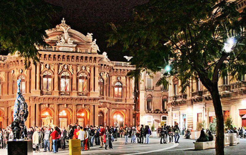 Controlli e sanzioni, la movida di Catania nel mirino della Polizia di Stato: chiuso pub in via Pacini