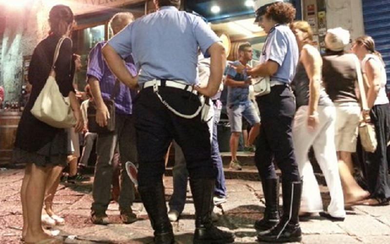 """Movida """"tesa"""", gestore e avventori si oppongono con la forza al sequestro del locale: i risultati dei controlli"""