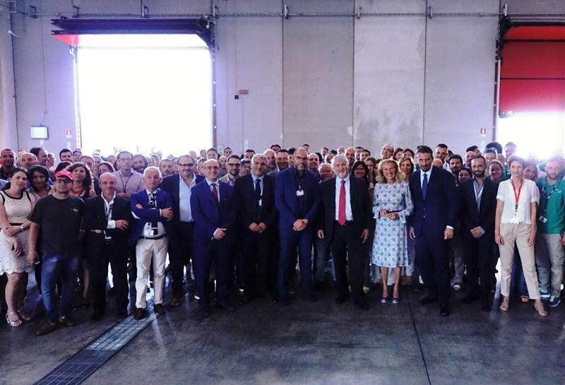 Ministro Poletti ha incontrato dipendenti Sibeg a Catania