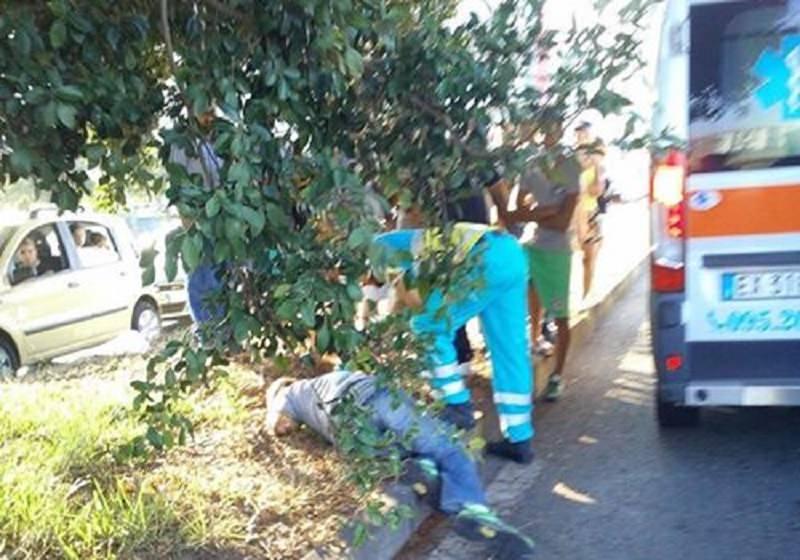 Uomo trovato incosciente a Librino: portato in ospedale per accertamenti