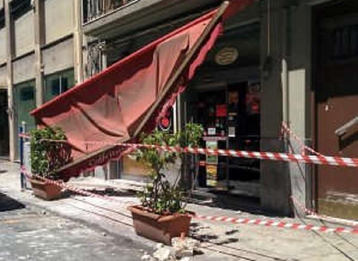 Palermo: crolla cornicione, tanta paura ma nessun ferito