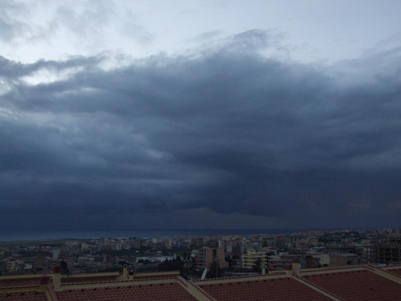 Torna il maltempo a Messina: week-end con forti temporali sullo Stretto