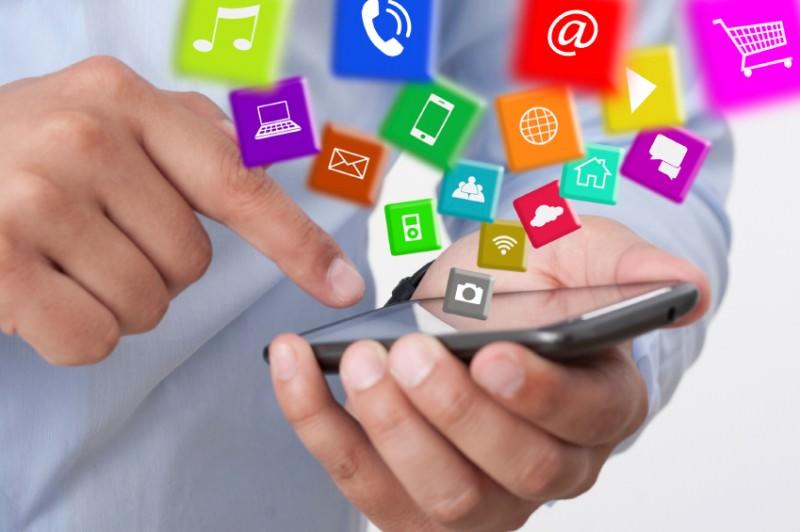 """Agente """"007 Facebook"""": il colosso lancia la nuova app per le conversazioni segrete"""