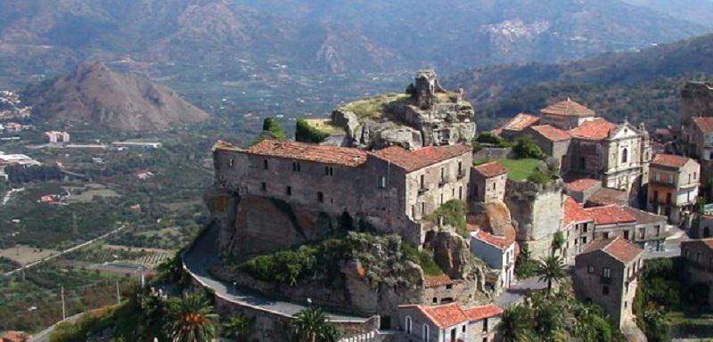 Castiglione rappresenterà la Sicilia in Kilimangiaro (Rai 3)