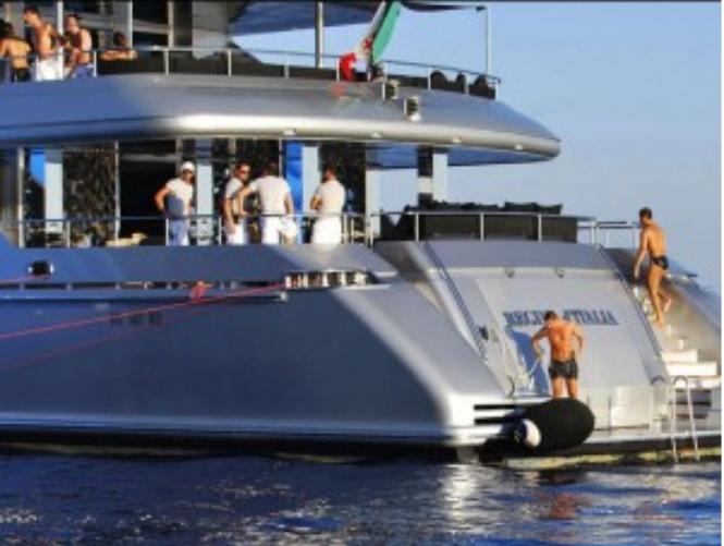 Megayacht Dolce e Gabbana ad Ortigia: 51 metri di spettacolo