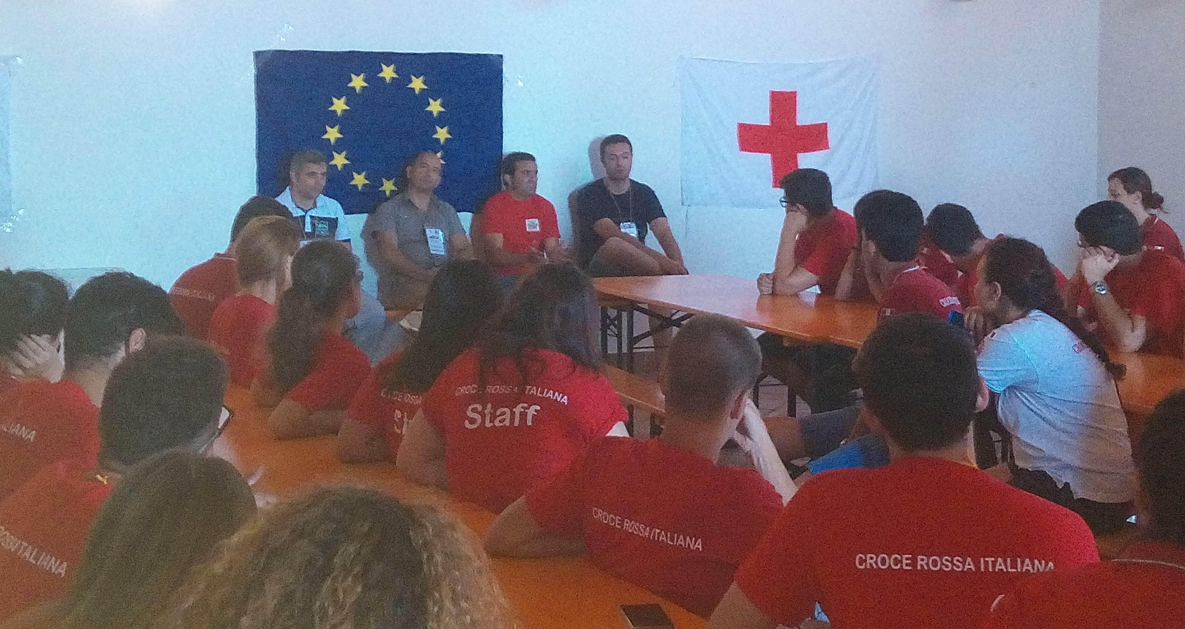 """Salute, impegno e cooperazione al """"Campo Giovani"""" della Croce Rossa Italiana"""