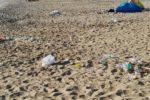 Operazione spiagge pulite: si lavorerà anche nella notte di Ferragosto
