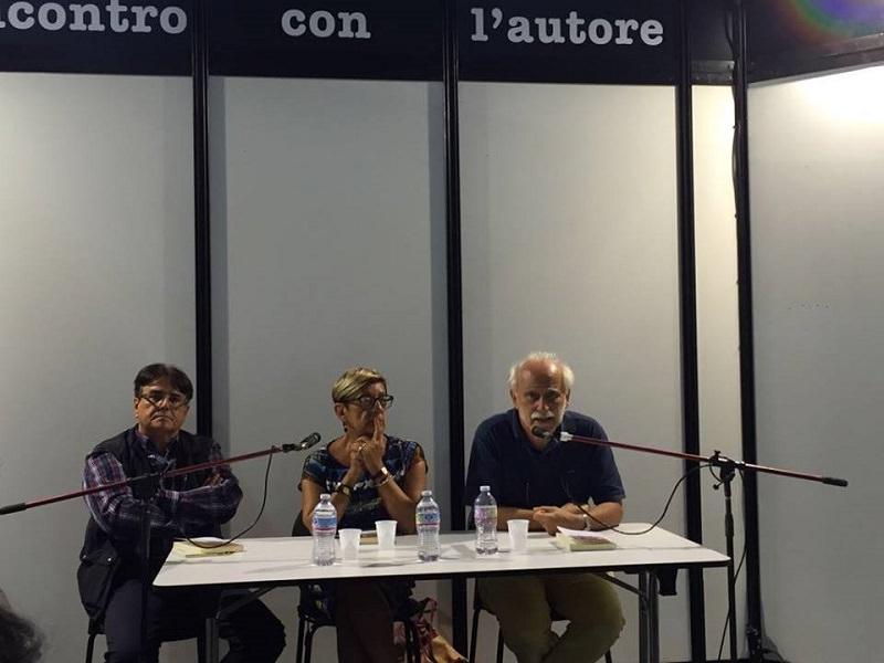 """""""Oltrecortina"""": il testo sui vent'anni di Guerra Fredda nelle scuole siciliane"""