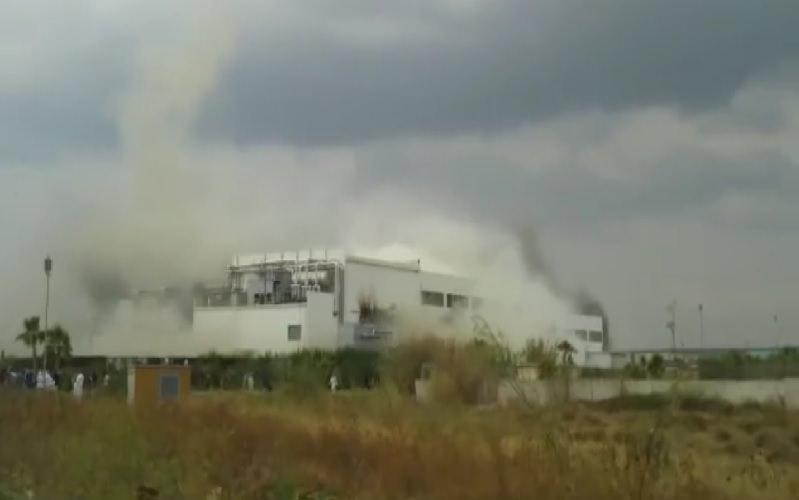 Modica: Avimecc nella morsa del fuoco
