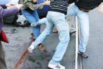Catania, studente aggredito da 30 estremisti di sinistra: zigomo fratturato e prognosi di un mese