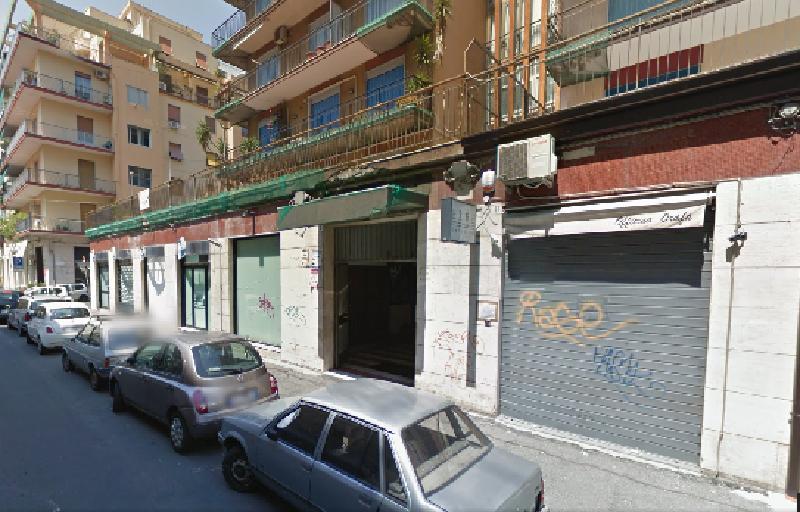 Catania, petardo scoppia in via Trieste